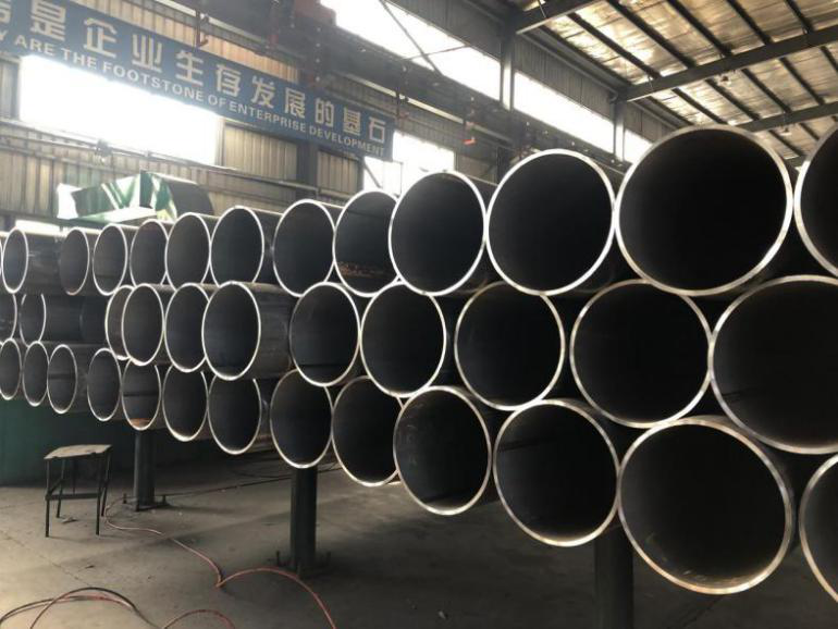 ERW Steel Pipe with Threaded ends Passed strictly Inspection and delivered successfully
